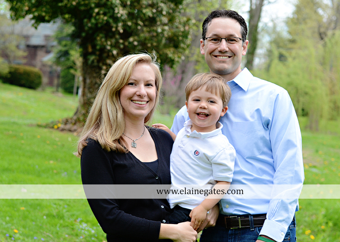 Large Outdoor Family Photographer, Big Family Photographs