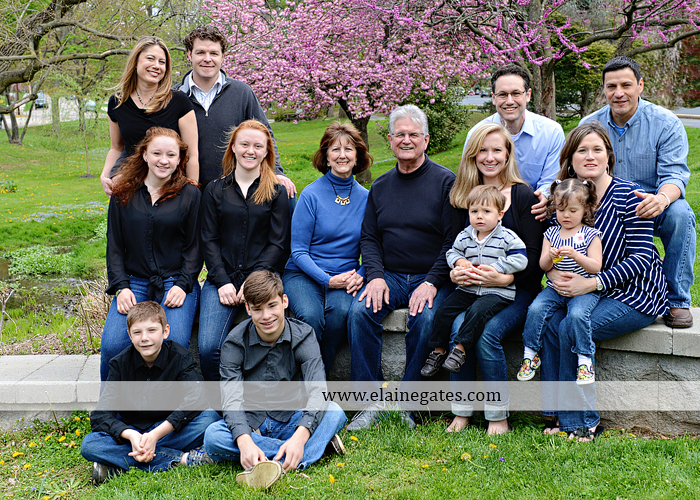Large Outdoor Family Photographer, Big Family Photographs3