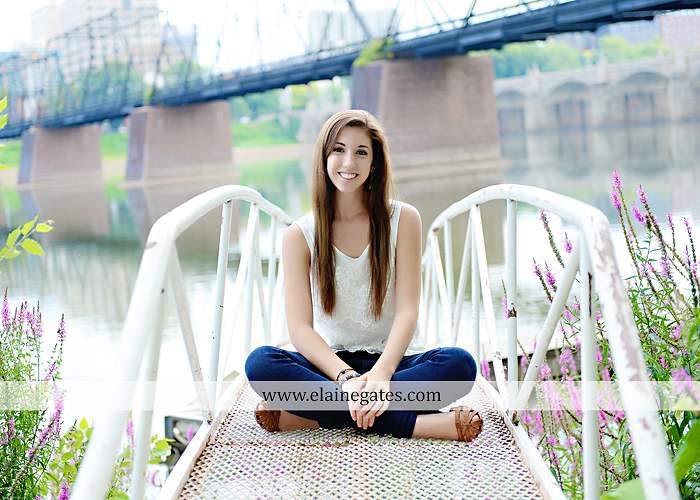 central pa senior portrait photographer harrisburg susquehanna bridge river urban brick shadow doorway ballet barn grass hm 10