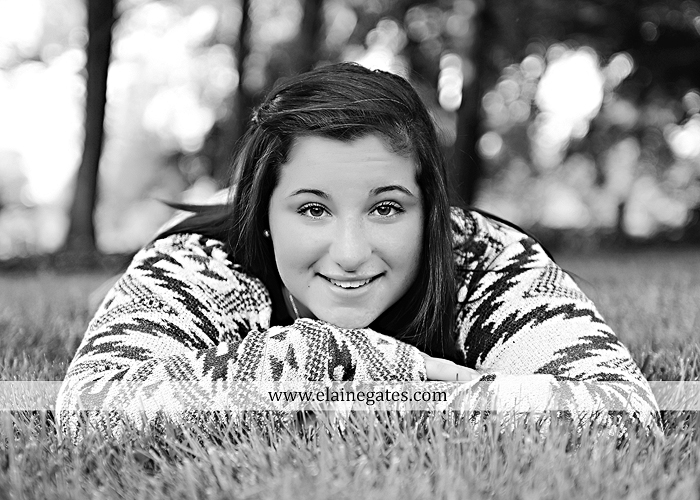 Mechanicsburg Central PA senior portrait photographer outdoor grass field sk 2