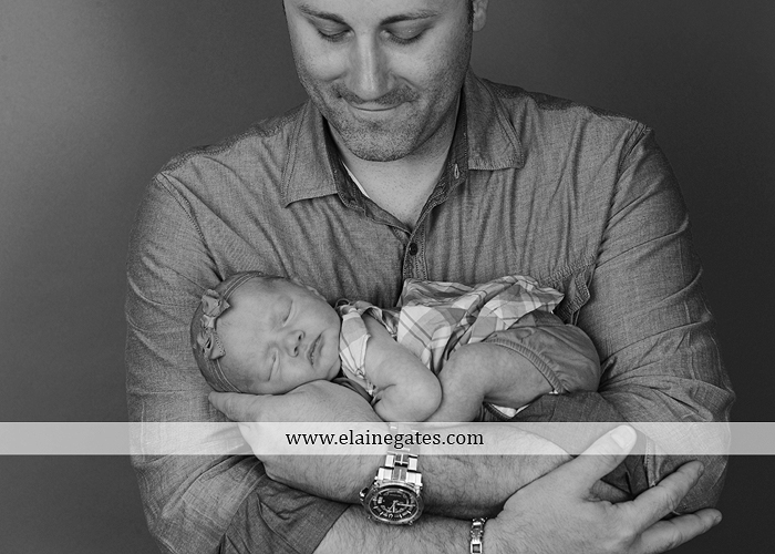 Mechanicsburg central pa newborn portrait photographer baby girl father dad mother mom parents blanket sleeping bow
