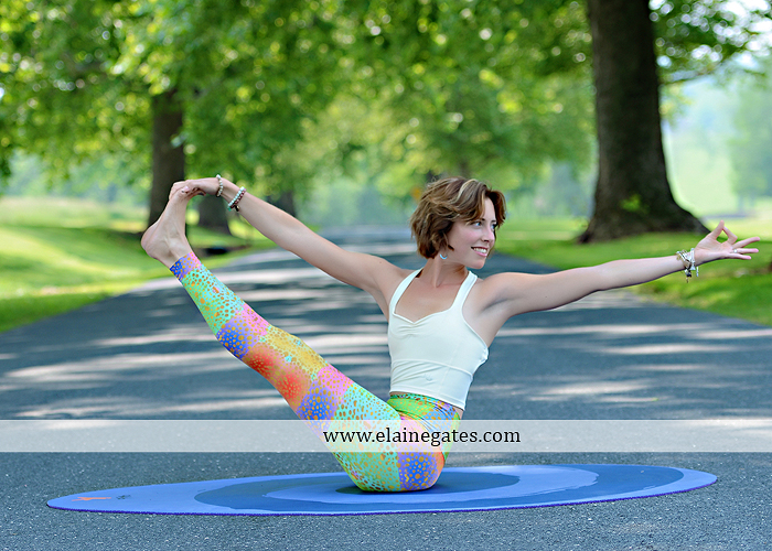Mechanicsburg Central PA portrait photographer outdoor Qi Yo Oval Yoga mat mommayogini_83 road trees field grass sf 07