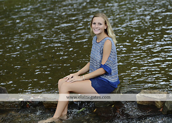 mechanicsburg central pa senior portrait photographer outdoor girl