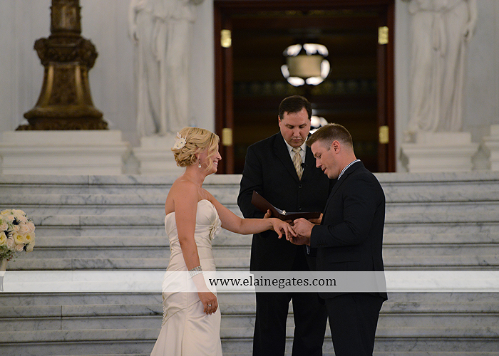 The Capital Rotunda Harrisburg pa wedding photographer the cake lady dukes riverside blue yellow white starlet 22