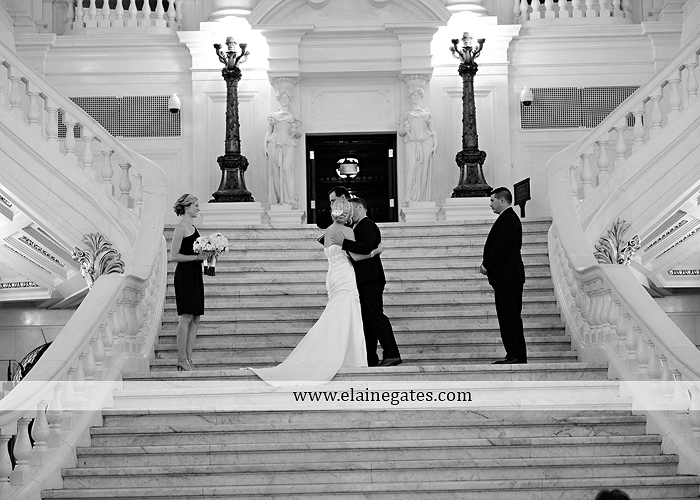 The Capital Rotunda Harrisburg pa wedding photographer the cake lady dukes riverside blue yellow white starlet 23