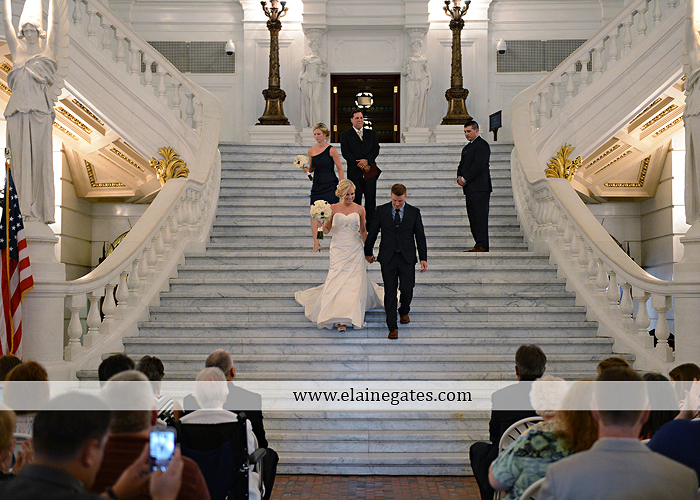 The Capital Rotunda Harrisburg pa wedding photographer the cake lady dukes riverside blue yellow white starlet 25