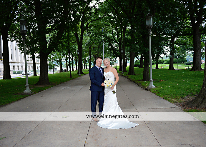 The Capital Rotunda Harrisburg pa wedding photographer the cake lady dukes riverside blue yellow white starlet 30