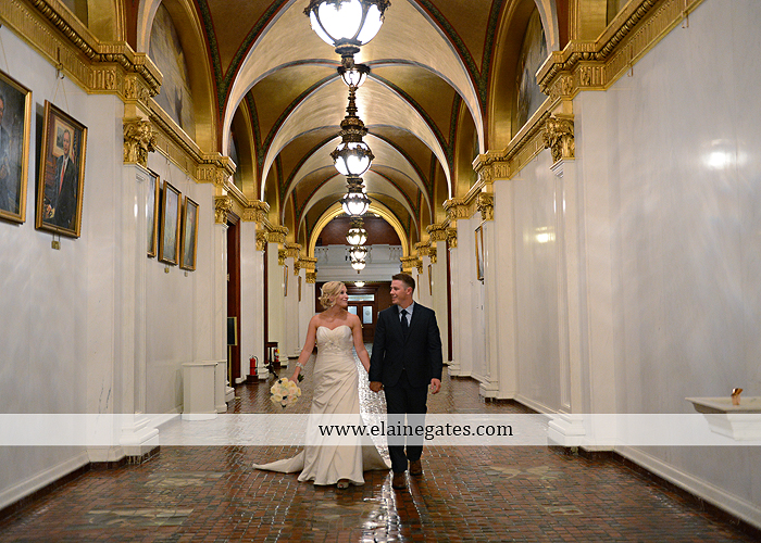 The Capital Rotunda Harrisburg pa wedding photographer the cake lady dukes riverside blue yellow white starlet 34