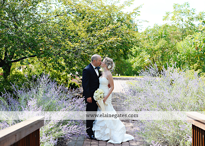 Bent Creek Country Club wedding photographer Lititz pa deserts etc. jeffrey's flowers dj freez wedding paper divas downstreet salon cocoa couture men's wearhouse david's bridal warrick jewelers yellow40