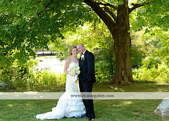 Bent Creek Country Club wedding photographer Lititz pa deserts etc. jeffrey's flowers dj freez wedding paper divas downstreet salon cocoa couture men's wearhouse david's bridal warrick jewelers yellow45