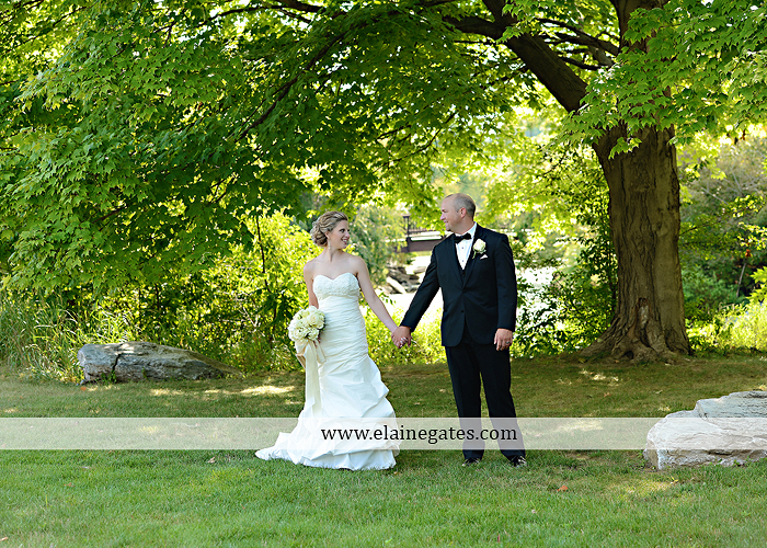 Bent Creek Country Club wedding photographer Lititz pa deserts etc. jeffrey's flowers dj freez wedding paper divas downstreet salon cocoa couture men's wearhouse david's bridal warrick jewelers yellow46