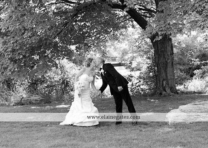 Bent Creek Country Club wedding photographer Lititz pa deserts etc. jeffrey's flowers dj freez wedding paper divas downstreet salon cocoa couture men's wearhouse david's bridal warrick jewelers yellow47