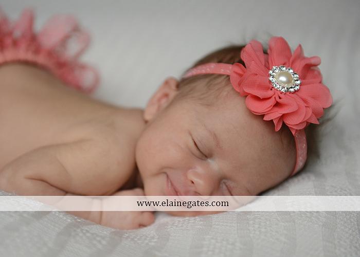 Mechanicsburg Central PA newborn baby portrait photographer girl sleeping indoor blanket bow knit hat mother father bowl basket tutu je 4
