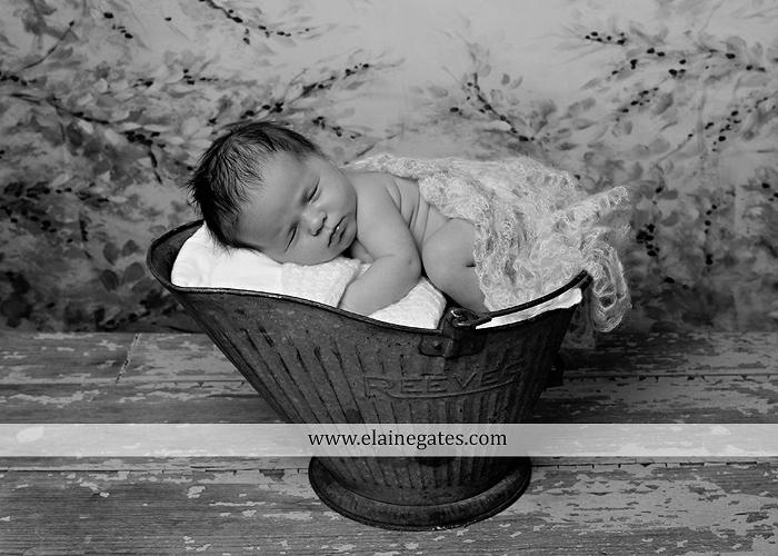 Mechanicsburg Central PA newborn baby portrait photographer girl sleeping indoor blanket bow knit hat pail bowl chair dp 08