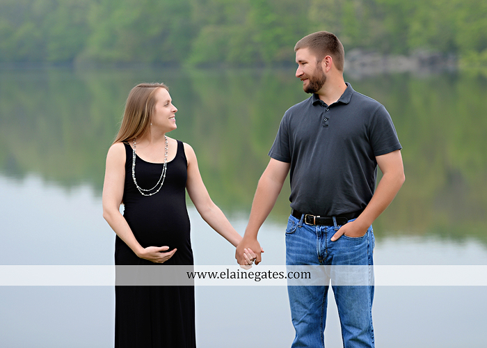 Mechanicsburg Central PA portrait photographer maternity outdoor field pinchot state park Lewisberry lake water boat dock holding hands kiss jb 3