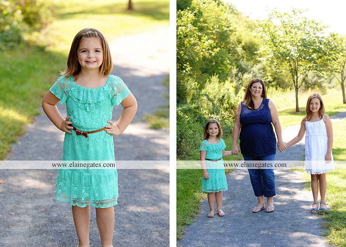 mechanicsburg-central-pa-portrait-photographer-maternity-outdoor-mother-father-daughters-family-kids-field-path-sonogram-husband-wife-baby-bump-barn-shed-hug-kiss-sh-04