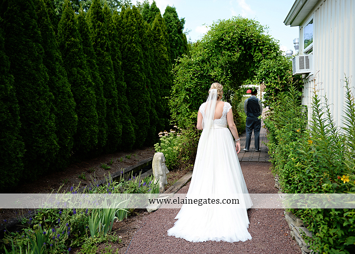 inn-at-leola-village-wedding-photographer-lancaster-pa-mixed-up-productions-destinations-salon-mens-wearhouse-casablanca-davids-bridal-kay-jewelers15