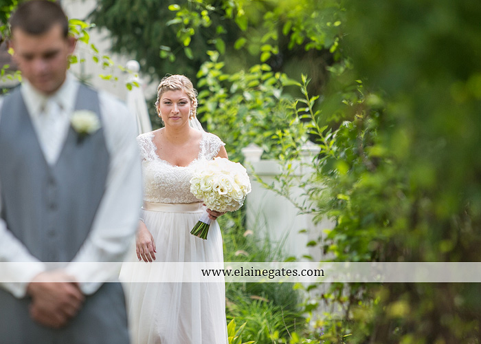 inn-at-leola-village-wedding-photographer-lancaster-pa-mixed-up-productions-destinations-salon-mens-wearhouse-casablanca-davids-bridal-kay-jewelers17