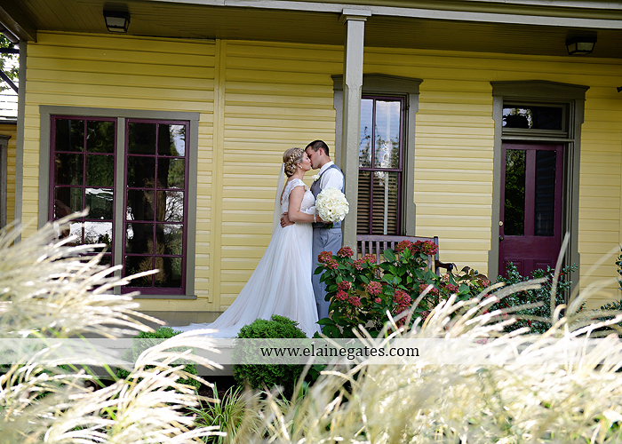 inn-at-leola-village-wedding-photographer-lancaster-pa-mixed-up-productions-destinations-salon-mens-wearhouse-casablanca-davids-bridal-kay-jewelers51
