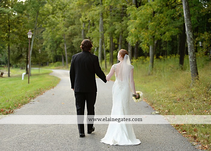 roundtop-mountain-resort-wedding-photographer-lewisberry-pa-atland-house-amys-custom-cakery-pealers-klock-entertainment-gowns-by-design-strictly-formals-maggie-sottero-the-jewel-box-zales14