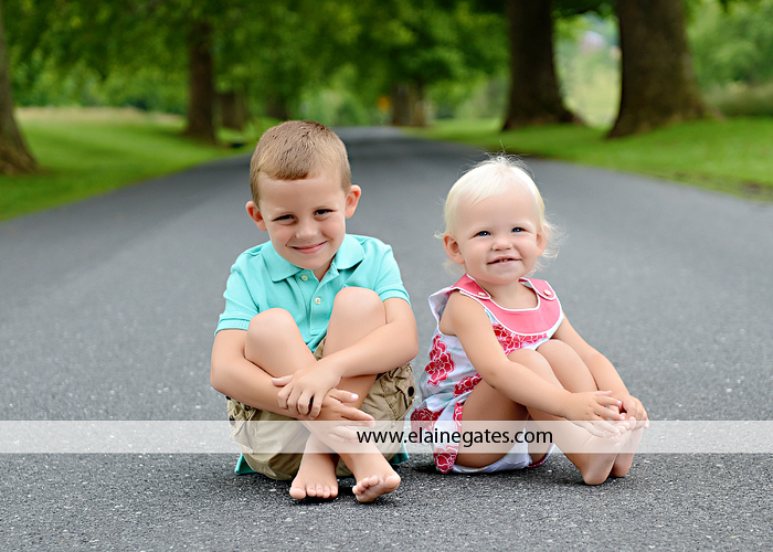 mechanicsburg pa family photographer kids summer outdoor casual cm  4