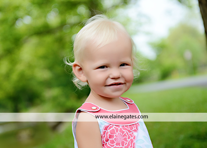 mechanicsburg pa family photographer kids summer outdoor casual cm  5