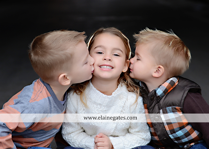 Mechanicsburg Central PA portrait photographer family outdoor kids father mother son daughter brother sister covered bridge holding hands kiss hug baby boy girl kkds 4