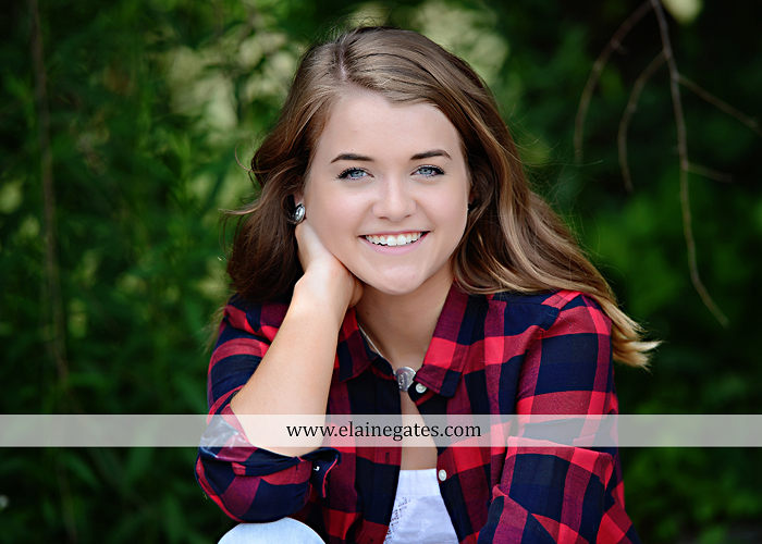 Mechanicsburg Central PA senior portrait photographer outdoor girl female fence trees woods field wooden swing rustic barn door wildflowers black eyed susans grass metal bench 05