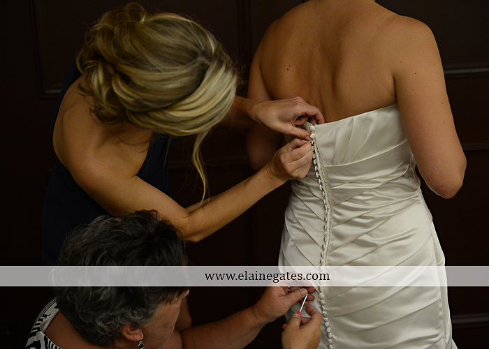 The Capital Rotunda Harrisburg pa wedding photographer the cake lady dukes riverside blue yellow white starlet 05