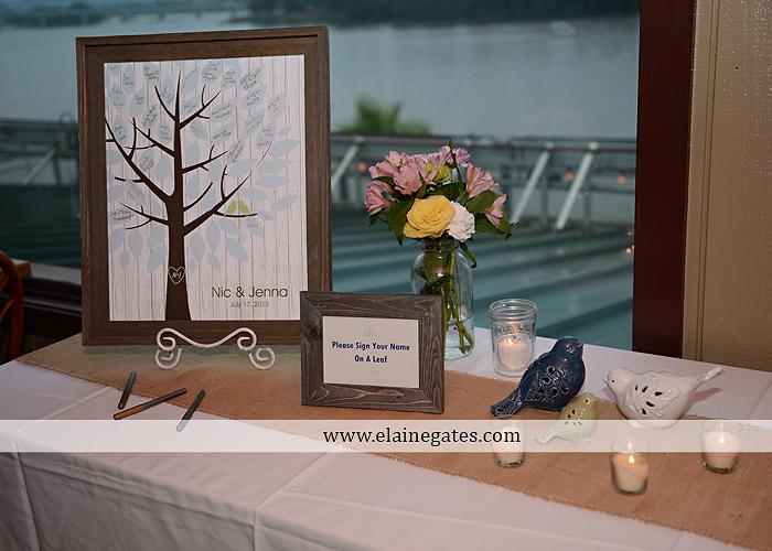 The Capital Rotunda Harrisburg pa wedding photographer the cake lady dukes riverside blue yellow white starlet 37