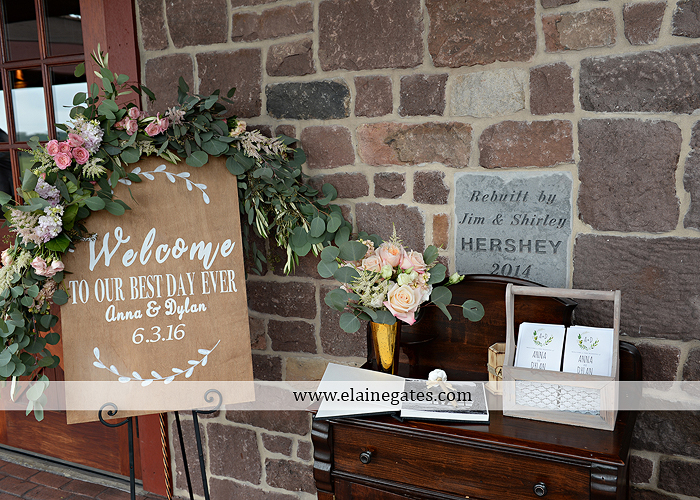 Harvest View Barn wedding photographer hershey farms pa planned perfection klock entertainment legends catering petals with style cocoa couture men's wearhouse david's bridal key jewelers25