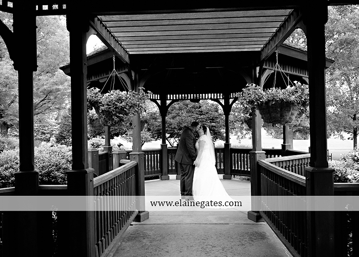 Hershey Lodge wedding photographer central pa couture cakery strawberry shop klock entertainment down street salon david's bridal sarno & son futer brothers 34
