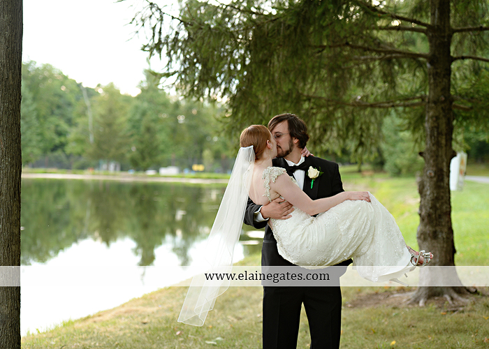 roundtop-mountain-resort-wedding-photographer-lewisberry-pa-atland-house-amys-custom-cakery-pealers-klock-entertainment-gowns-by-design-strictly-formals-maggie-sottero-the-jewel-box-zales21