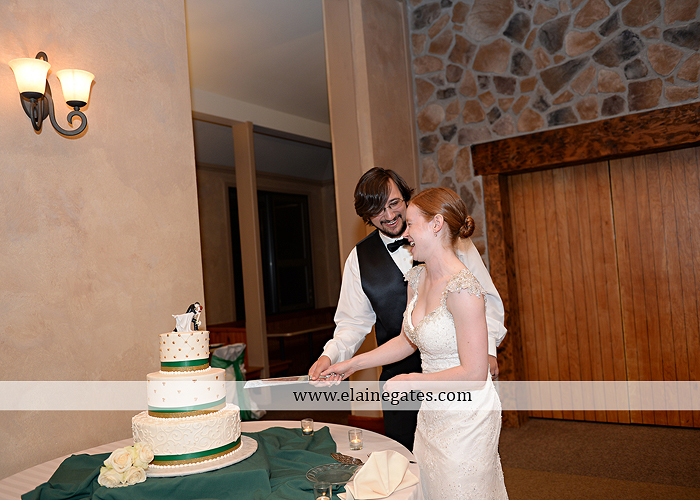 roundtop-mountain-resort-wedding-photographer-lewisberry-pa-atland-house-amys-custom-cakery-pealers-klock-entertainment-gowns-by-design-strictly-formals-maggie-sottero-the-jewel-box-zales38